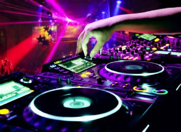DJ HOUSE SOULFUL DEEP HOUSE
