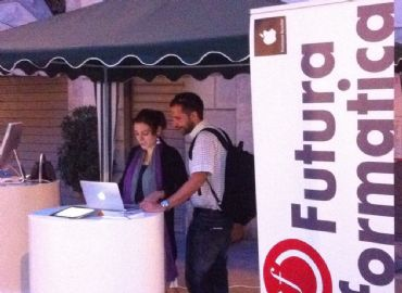EXPO APPLE