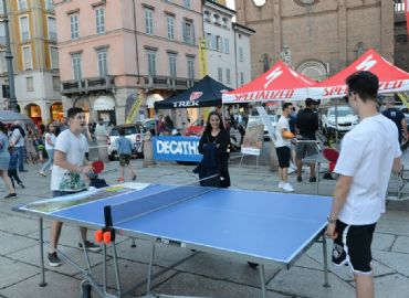 PING PONG E STREET VOLLEY IN PIAZZA DUOMO